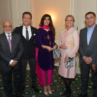 Sindh Delegation in Bavaria, April 2016:  Syed Nadeem Ali Kazmi, CEO Validus Engineering (Pvt) Ltd., Saifuddin Zoomkawala, Chairman and Board of Directors Allianz EFU Health Insurance Ltd., Consul Dr. Poetis, CEO POWERGROUP, Naheed Memon, Chairperson Sindh Board of Investment, designer Patricia Poetis CCO POWERGROUP, Tayyab Tareen, CEO K-Electric Limited and Kamil Farooqi, Managing Director Technology Links LTD.