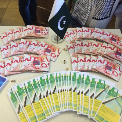 Lange Nacht der Konsulate 2016: Information material from the Honorary Consulate of Pakistan