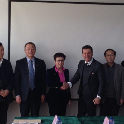 China: Consul Dr. Poetis meeting with Mrs. Peng Jingjie, County Magistrate Gaoyi, Hebei Province