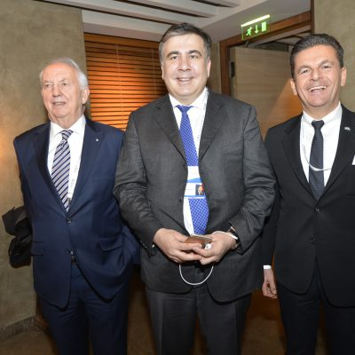 Economy Talks, February 2016: Micheil Saakaschwili, Governor of Ukraine's Odessa Oblast (middle) and Dr. Ingo Friedrich (left ) former Vice-president of the European Parliament with Consul Dr. Poetis