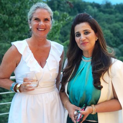Munich Members Salon Vol. 1, August 2018: Patricia Poetis with Anila Hussain (right) during Munich Members Salon in the Pakistani Honorary Consulate
