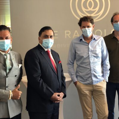 Honorary Consul Dr. Pantelis Christian Poetis, H.E. Ambassador Dr. Mohammad Faisal, Dr. Philipp Remplik, Medical Managing Director, Die Radiologie and Dr. Hannes Stiess, Radiology Specialist, Die Radiologie at their offices in Munich  ©HonorarkonsulatPakistanMUC